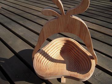 木のバスケット