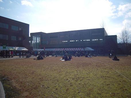 栃木 那須塩原 スペクタクルインザファーム 会場 宇都宮共和大学 那須キャンパス 中庭