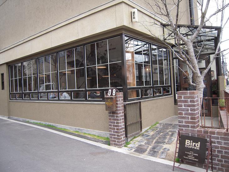 大阪 トラックファニチャー TRUCK FURNITURE バード BIRD COFFEE 外観