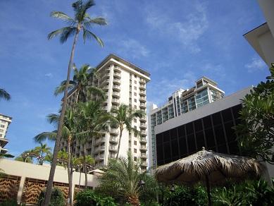 ハワイ オアフ島 ワイキキ ヤシの木 ホテル